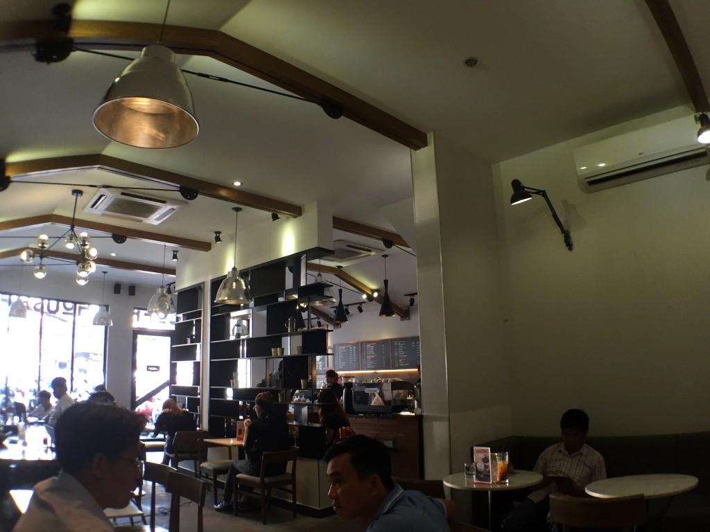 ホーチミンのオススメWiFiカフェ。coffee house