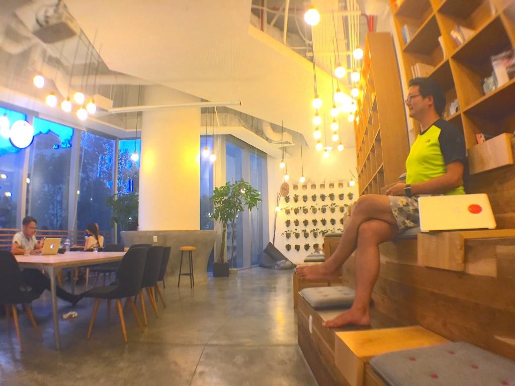 ホーチミンのオススメWiFiカフェ。nest by AIA