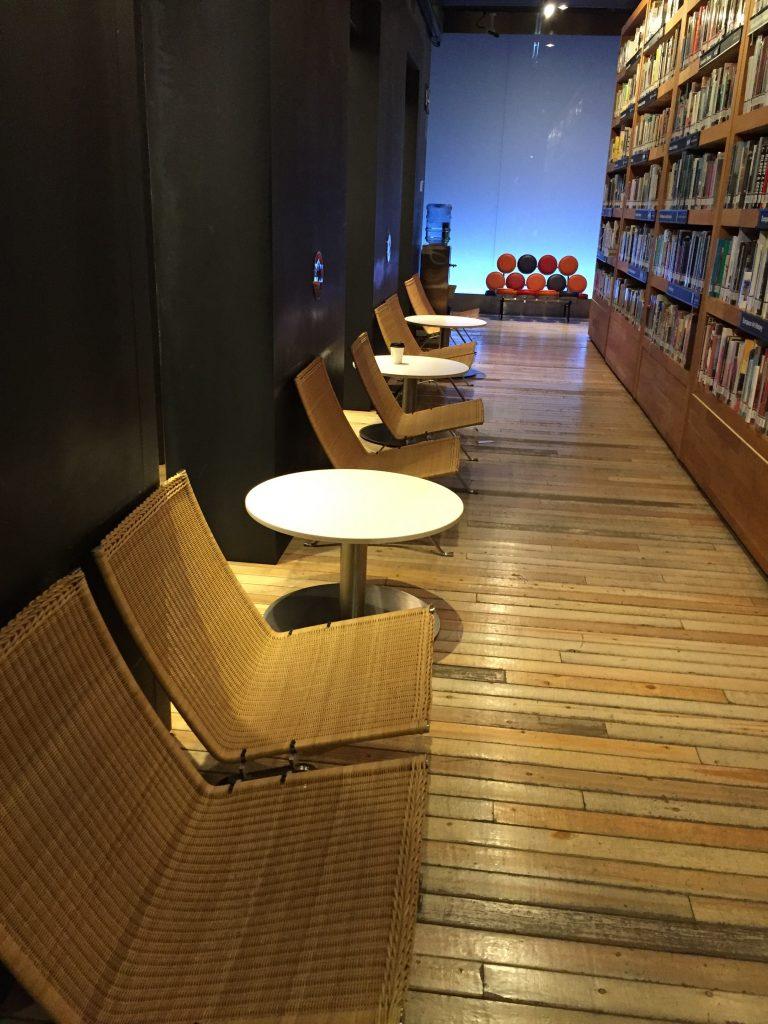 TCDC Libraryはバンコクのコワーキング