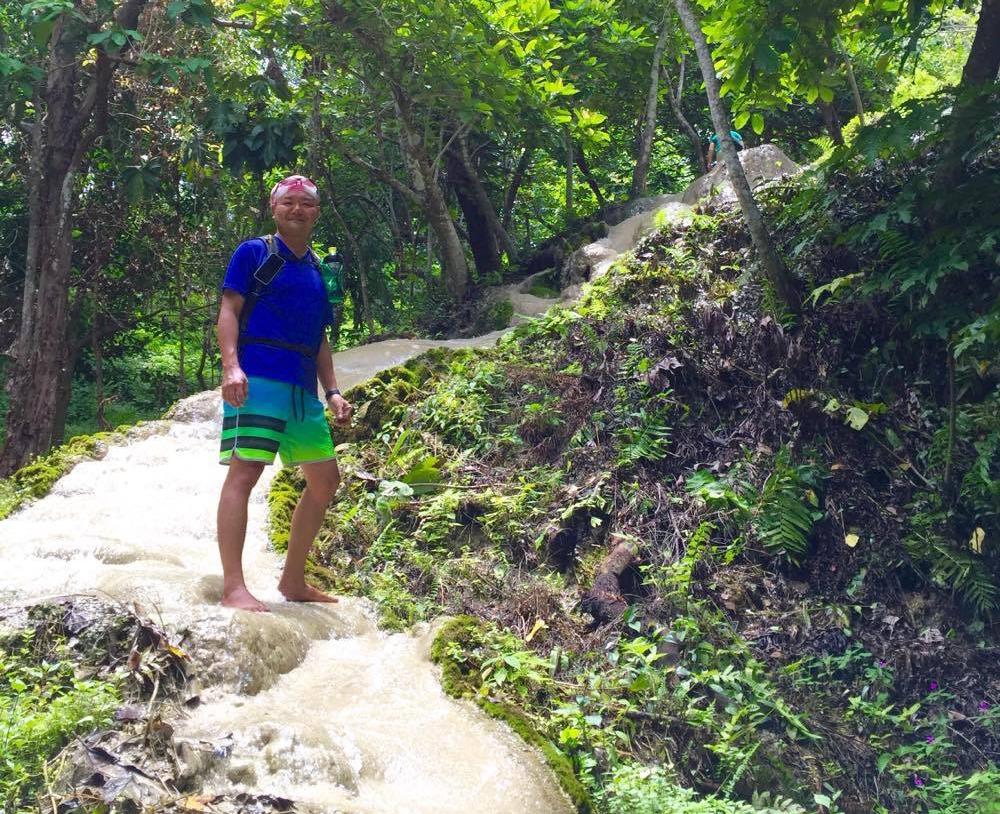 チェンマイで一番のオススメは滝登り