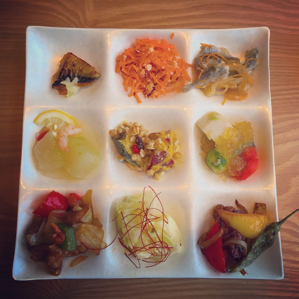 野菜を中心にしながらも魚と肉も取り入れます