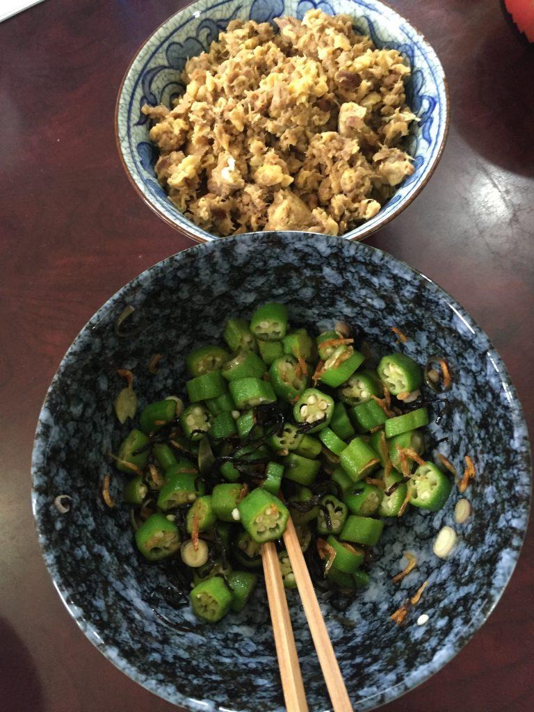 豚バラ肉の卵とじ+中華スープ
