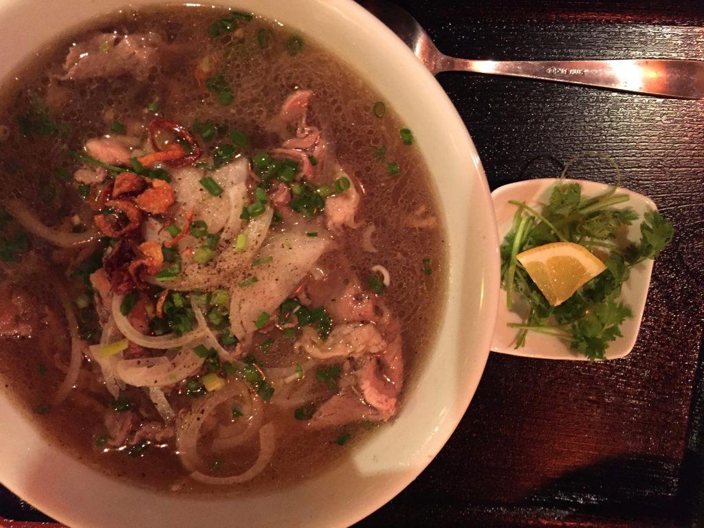 ベトナム料理GOICUONは牛肉のフォーがおいしい!