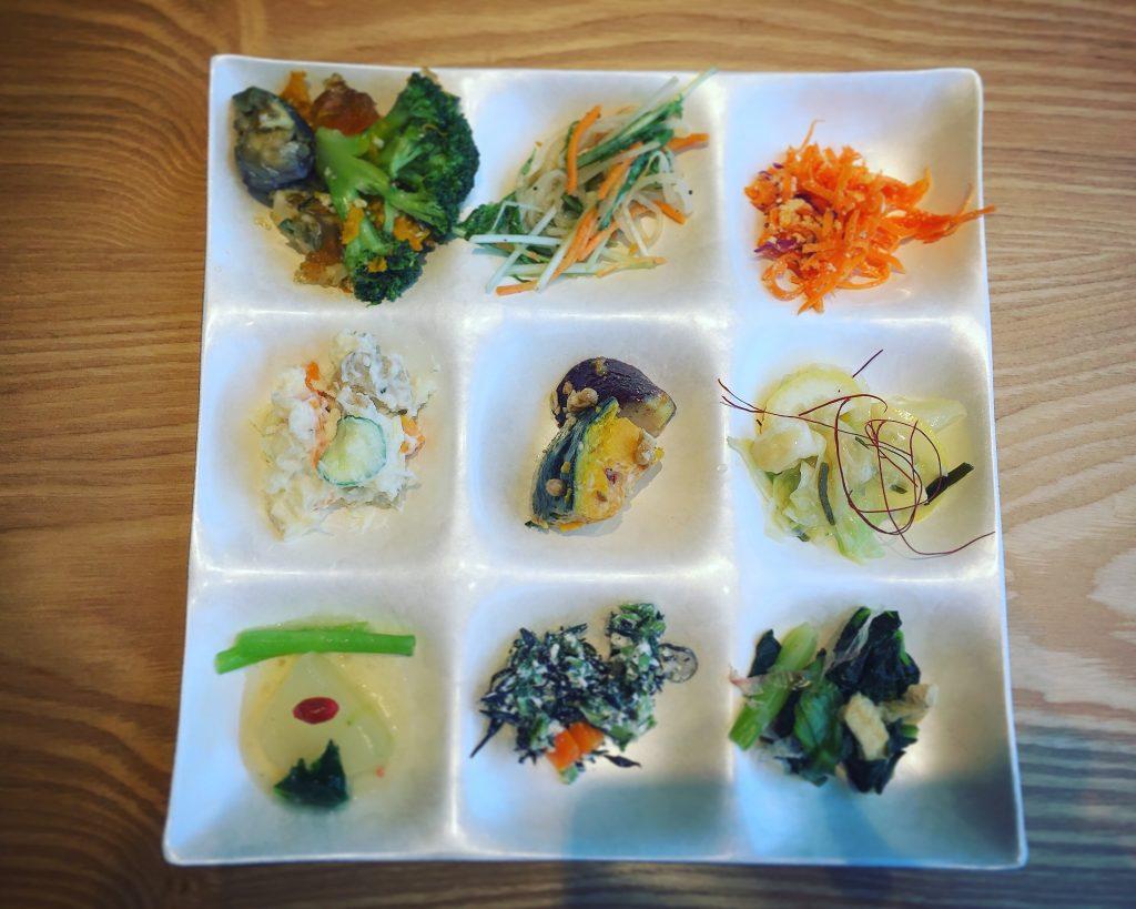 【北千住】野菜高騰なので馳走日和で野菜食べ放題バイキング✨