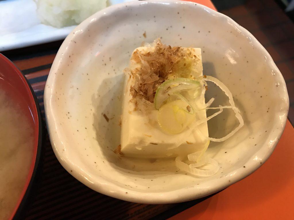 綾瀬で大人気の居酒屋「味安」で夜ごはんは定食を食べるのが日課になってきた(再訪)
