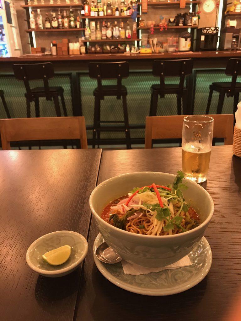 東京で有名なタイ料理店クルンサイアムのバンコク店が味そのままで現地価格で凄い✨