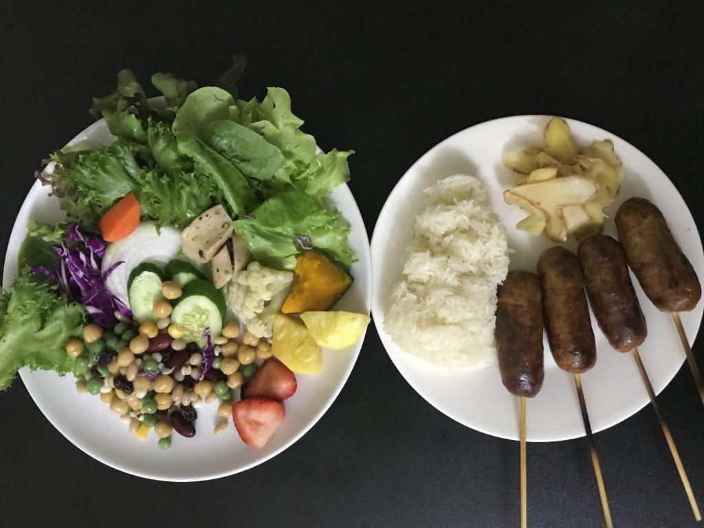 サイオアにハマって週に4回は食べ続ける日々(チェンマイの屋台)