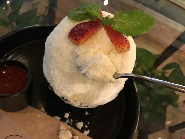 Strawberry Cheesecake Pingsu(600円)