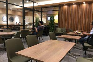 羽田空港で唯一喫煙席があるお店「羽田食堂」は24時間営業