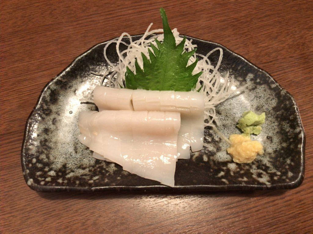スルメイカ刺し(500円)