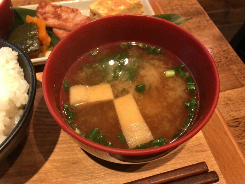 HAGISOのモーニング:本日のお味噌汁