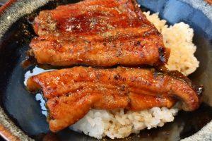 【北千住ランチの王様】さかなや本店のうな丼と刺身付き定食1,500円