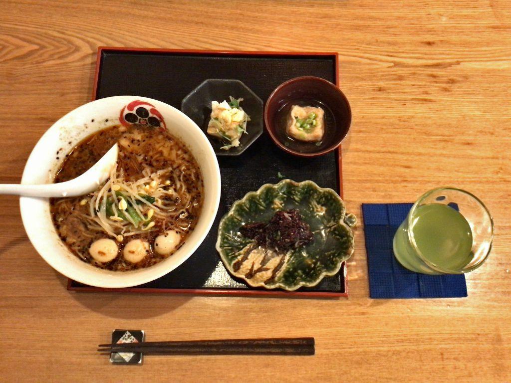 星火の黒胡麻担々麺御膳(辛さ:激辛)1,280円