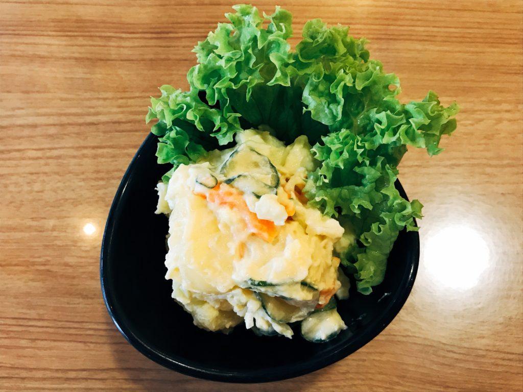 Kemuriのポテトサラダ(300円)