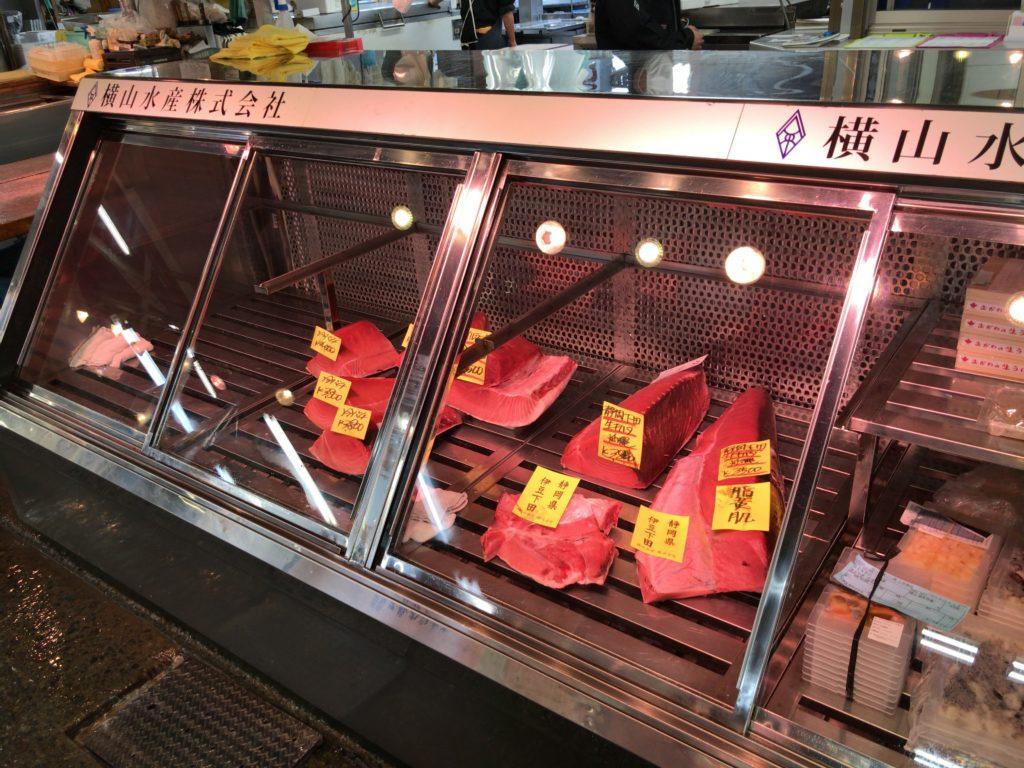 東京中央卸売市場(足立市場)の売り場