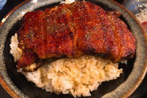 絶品の鰻丼が1,500円!北千住でうなぎを食べるなら市場食毒さかなやは外せない