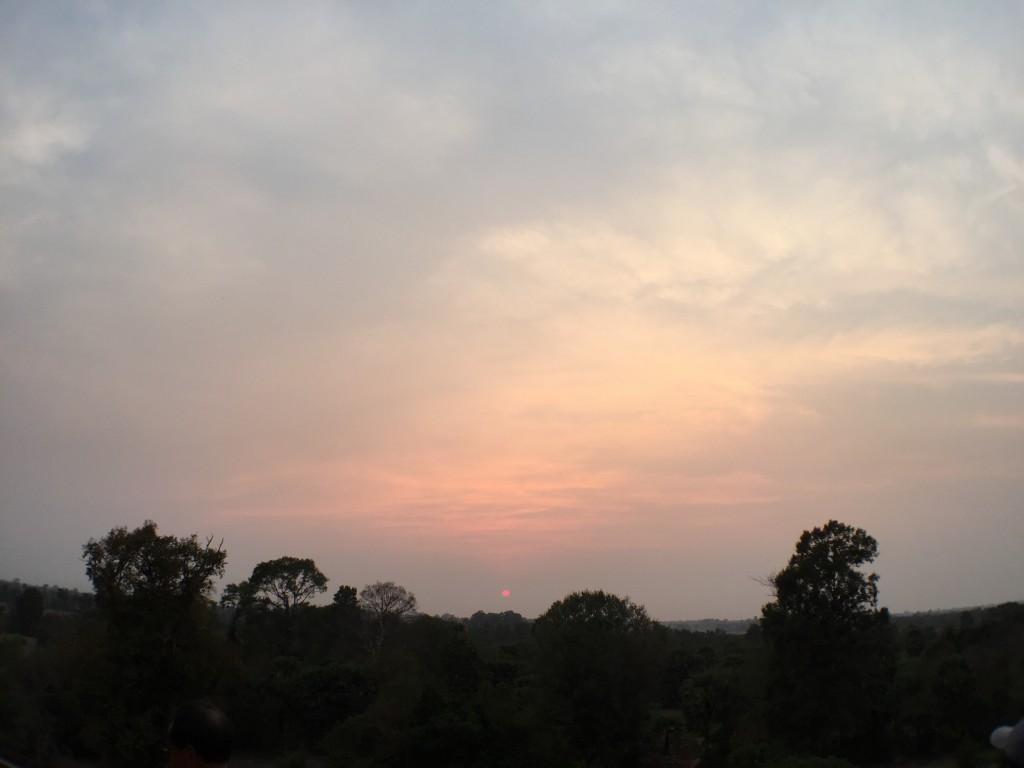 圧巻!世界遺産プレ・ループで夕日を観る