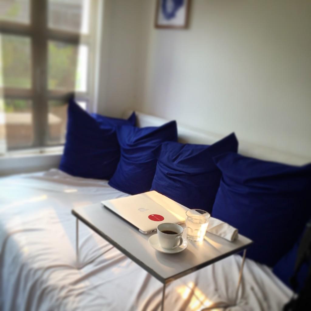 シェムリアップのオススメ無料WiFiスポット第2位 のBlue Pumpkinの有名なソファー席