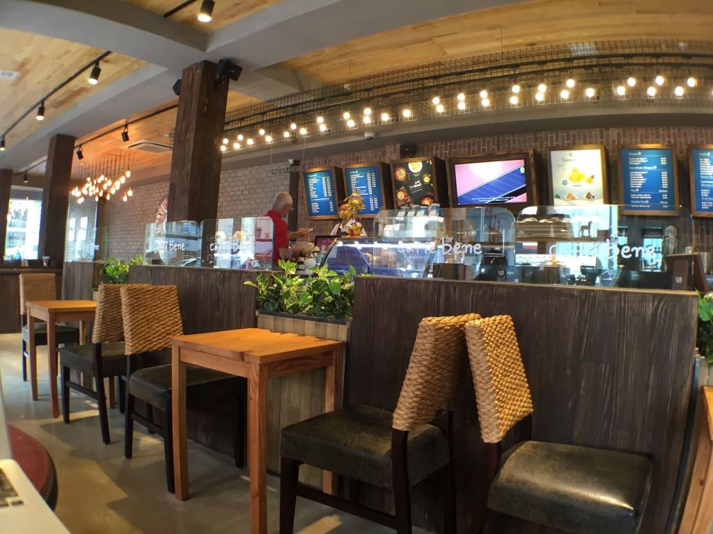 ホーチミンのオススメWiFiカフェ。caffe bene