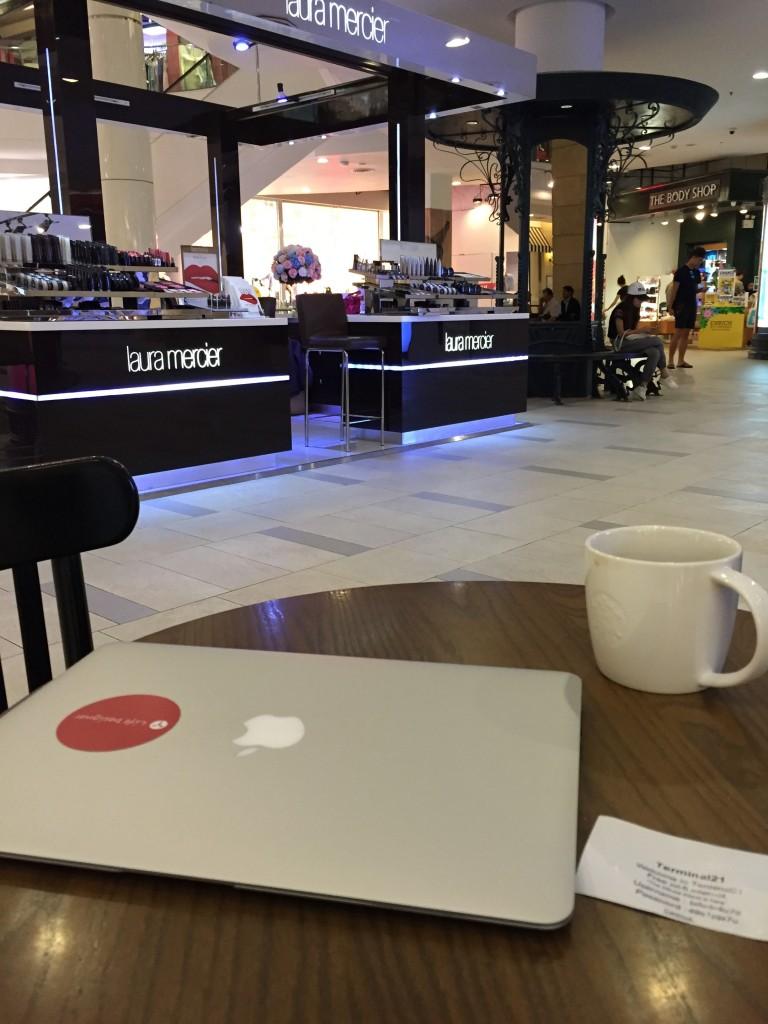バンコクのアソーク駅Terninal21の無料WiFiの登録
