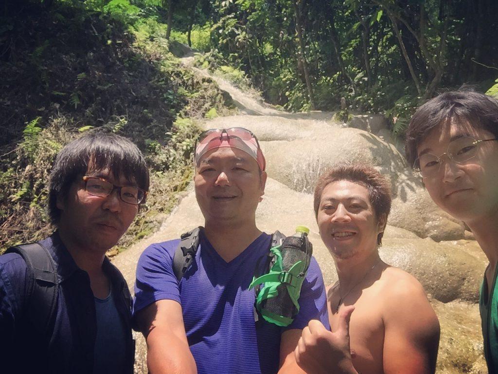 bua thong sticky waterfall