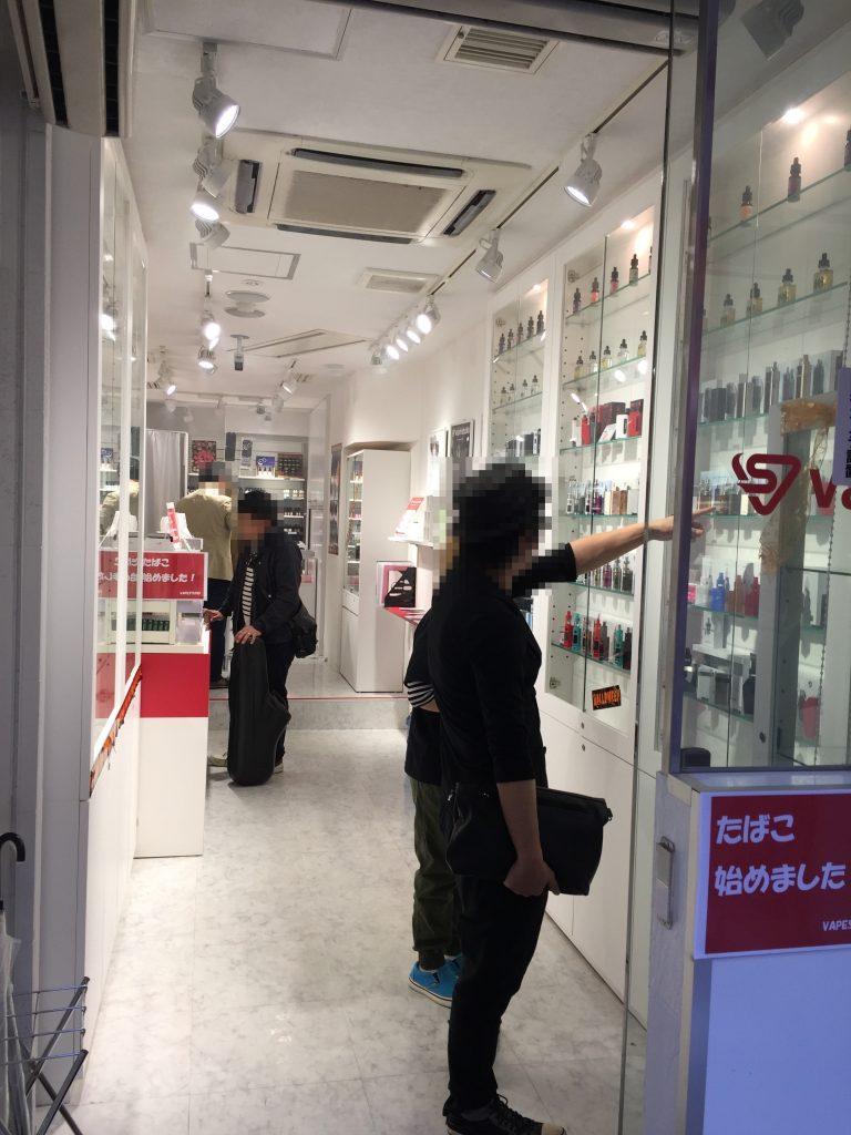 【電子タバコ初心者】東京のおすすめ店舗「VAPE STUDIO 新宿駅東口店」の品揃え・サポートが素晴らしい✨