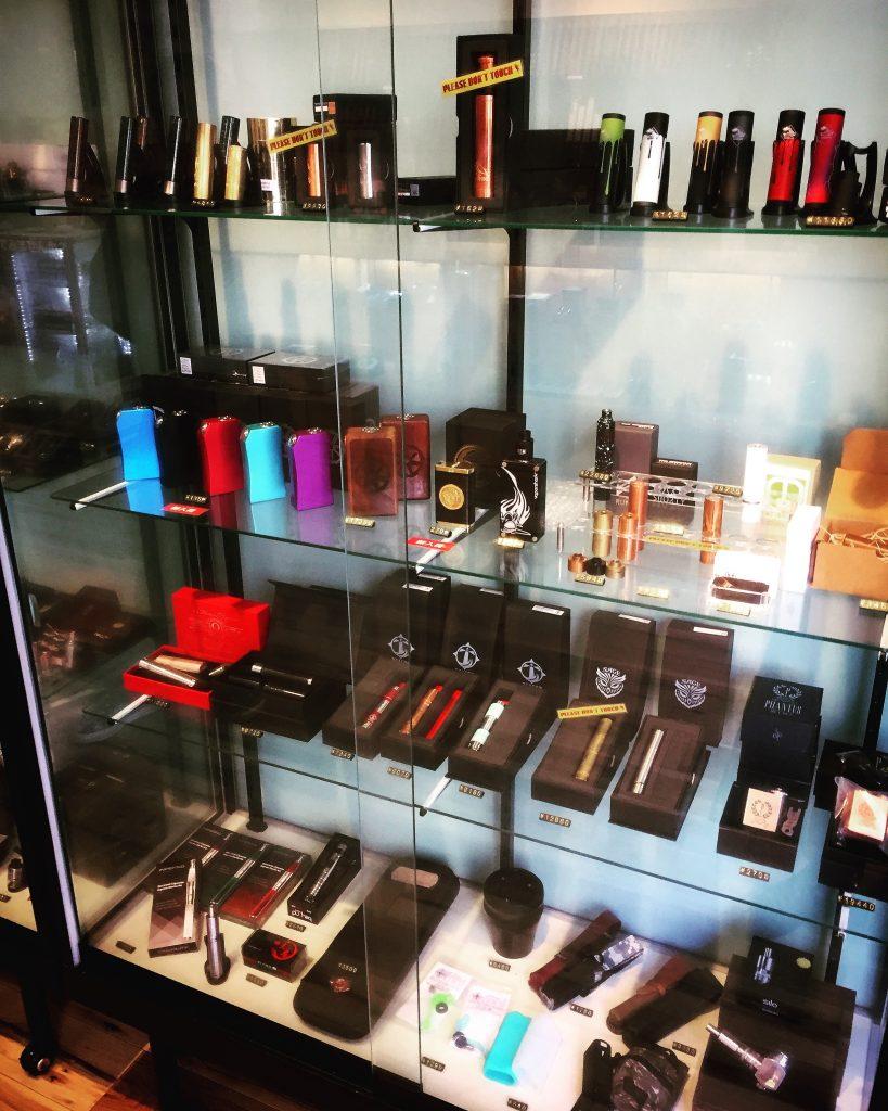 【おすすめ】電子タバコのことならamerican vape柏店へ!機器の品揃えが凄い!