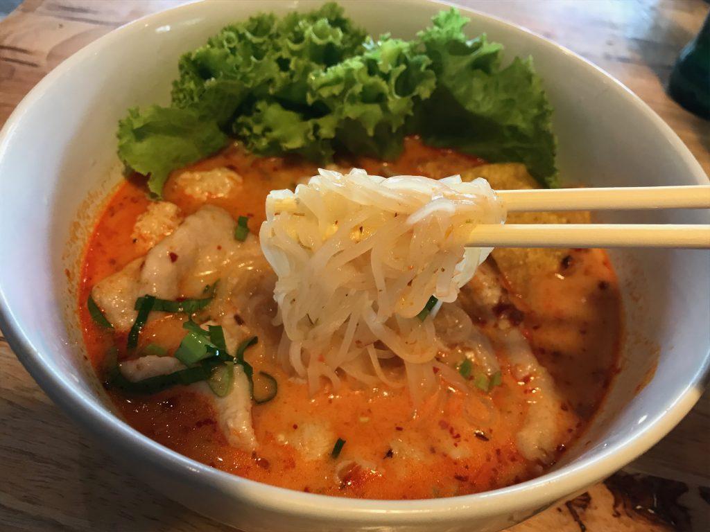 そして真っ赤なトムヤムスープ久しぶりに食べた気がする。