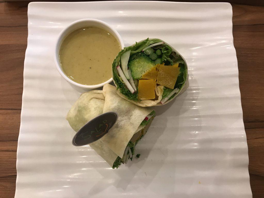 Wrap - Radish, Asparagus, Pumpkin, Japanese Cucumbers, Broccoli w/ Northern Style Green Chilli Dressing(300円)