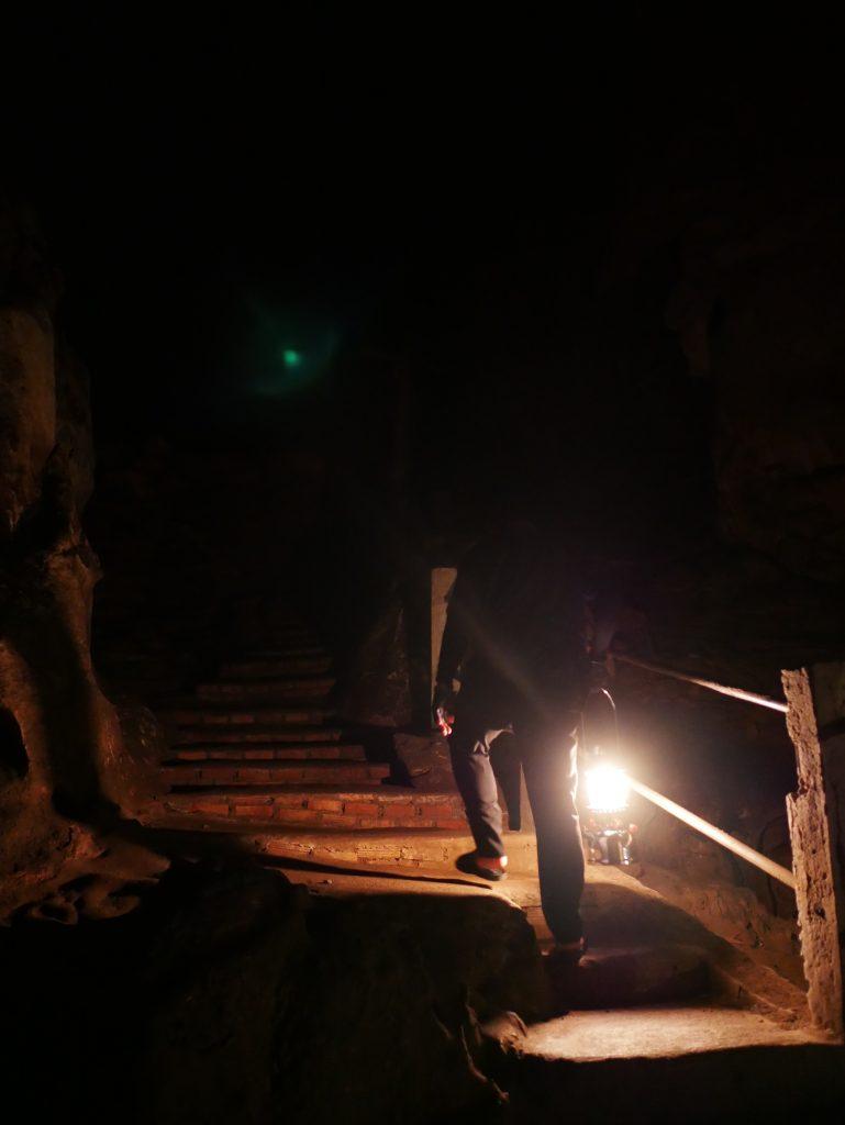 いよいよチェンダオ洞窟に潜入!
