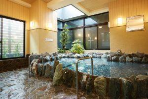 山手線「鶯谷駅」徒歩3分!格安温泉施設「萩の湯」が凄い