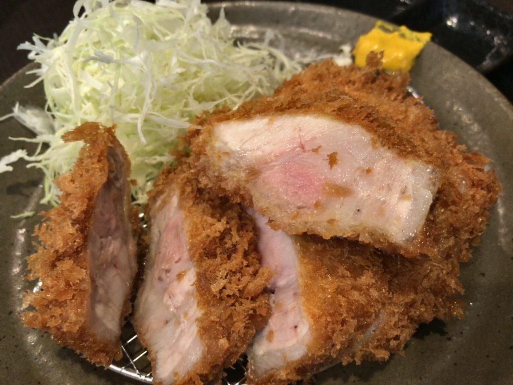 柏のとんかつの名店「瓢」の上ロースカツ定食(1,400円)