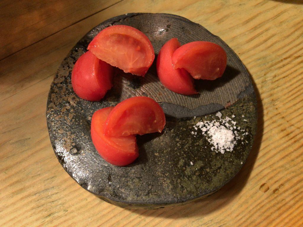 冷やしトマト(500円)徳島のフルーツトマト