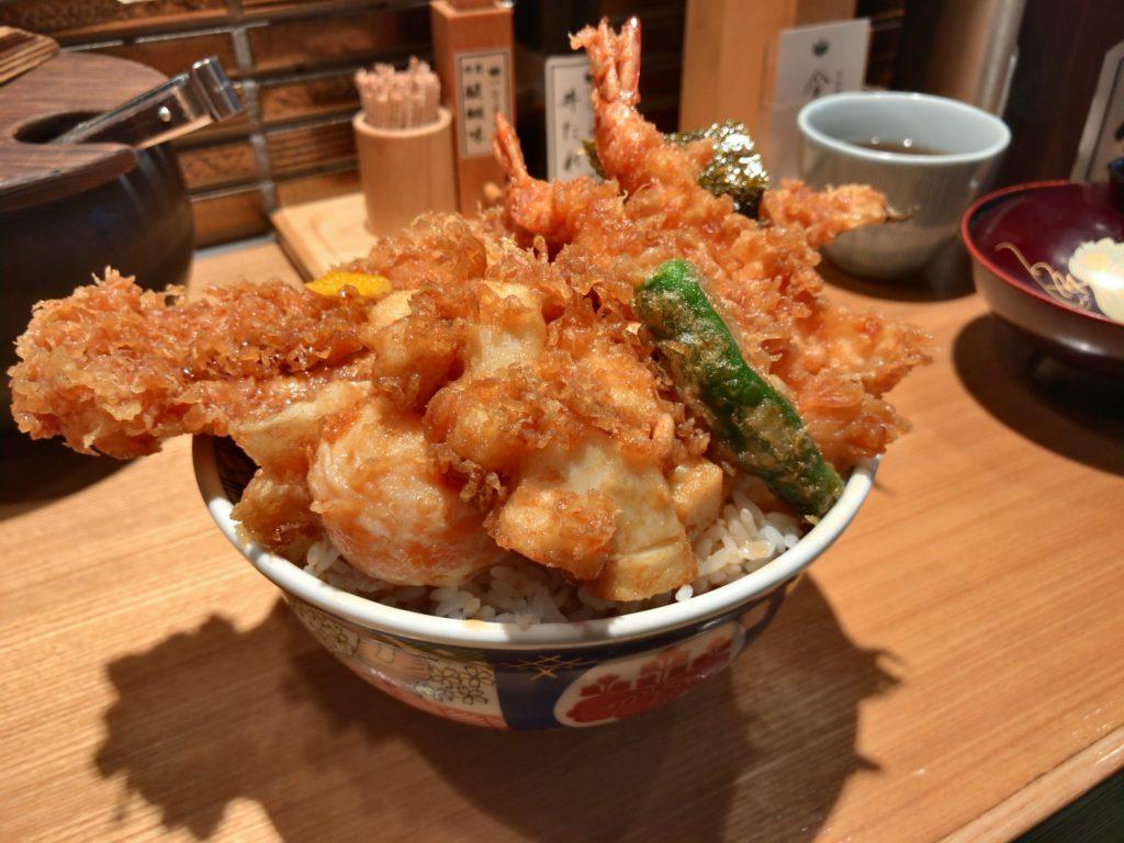 金子半之助の天丼 松(1,380円)