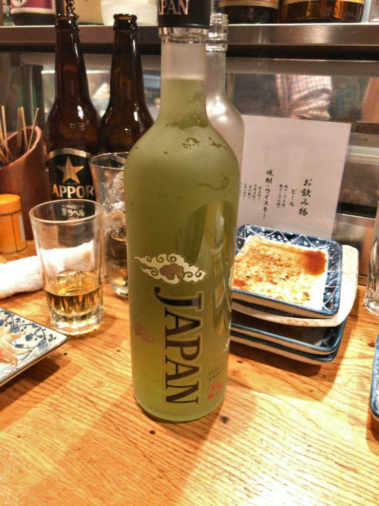 これが五味鳥の緑茶ハイ(瓶)※お値段不明