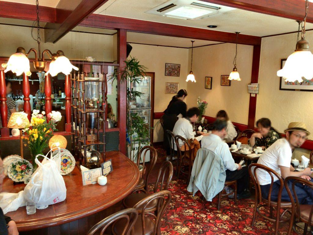西荻窪の喫茶店それいゆの店内
