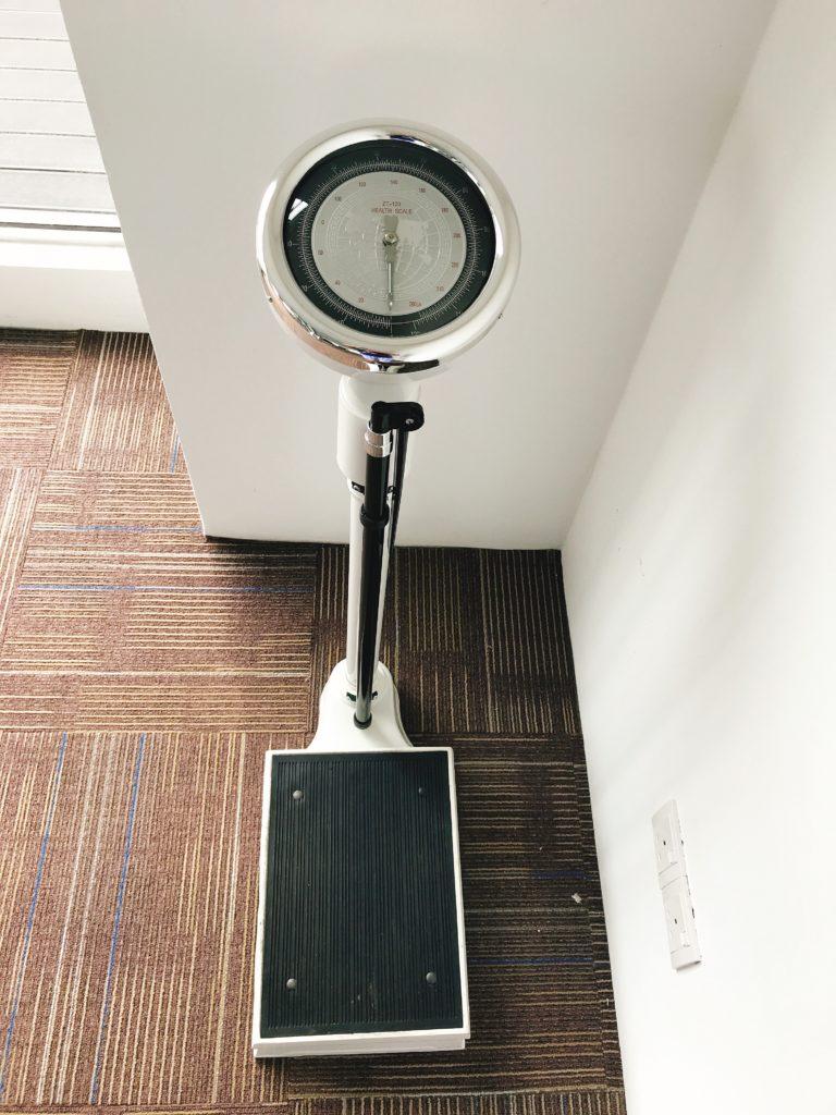 ダイエットの第一歩は体重計習慣から
