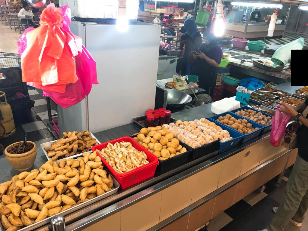 ジョホールバルの市場「スマートハイパーマーケット」の屋台