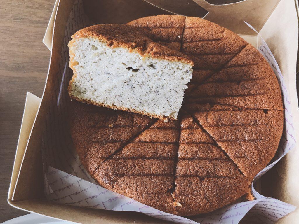 Lavenderのホールケーキ(確か…200円台)