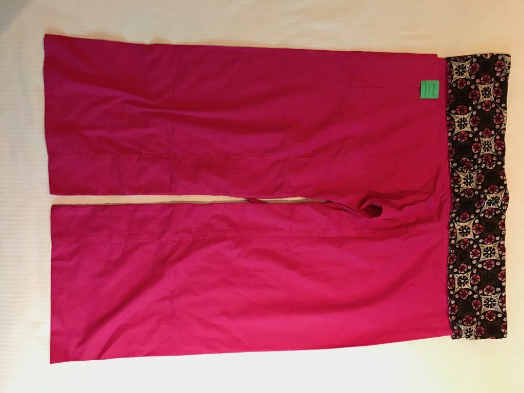 ピンク色パンツ(1,000円)
