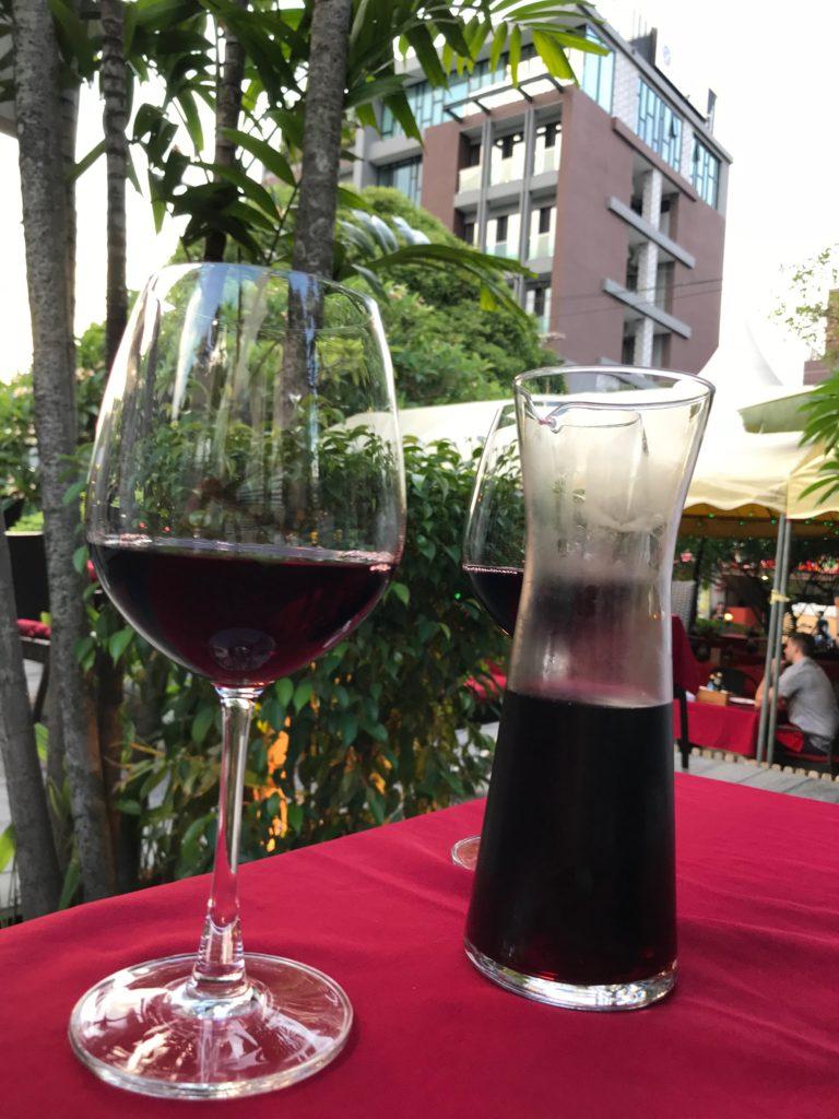 House Wine (Red) 1/2 liter(1,230円/350B)