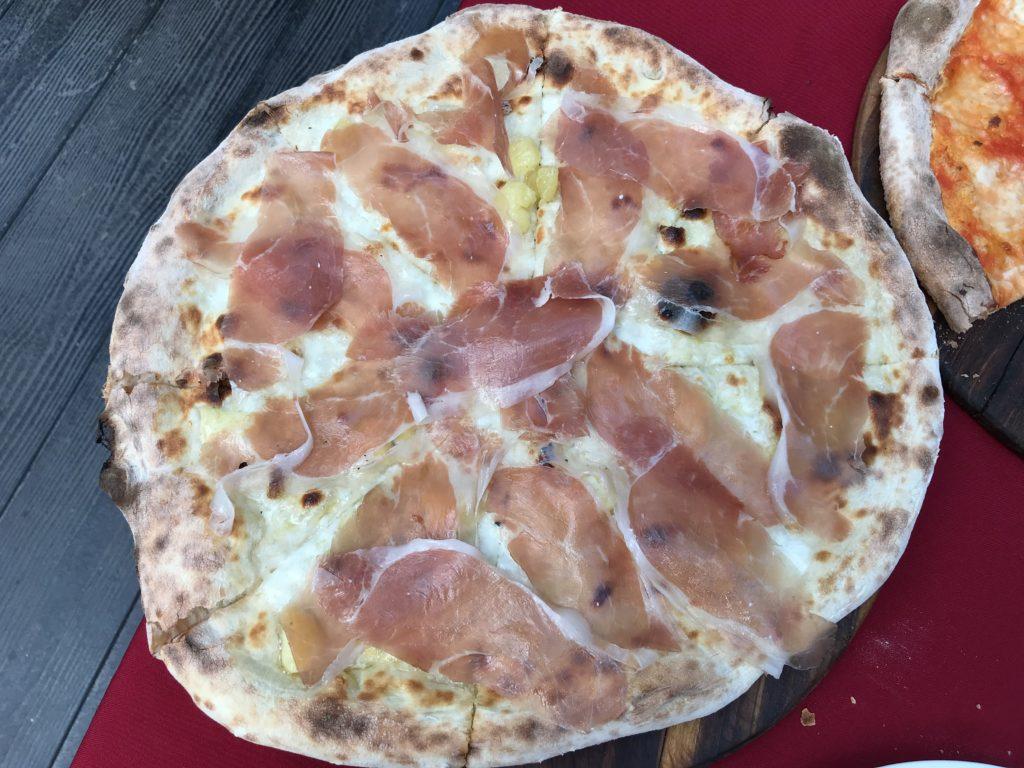 Prosciutto Crudo Pizza(630円/180B)