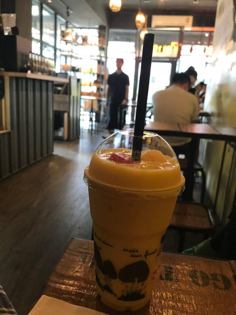 Mango TangoのMango Smoothie(350円/100B)
