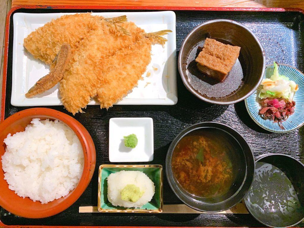 京ばし松輪のアジフライ定食(1,300円)+柚子胡椒(100円)