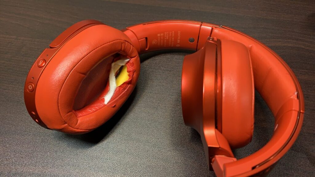 SONYヘッドホンのイヤーパッドは数年で劣化する消耗品!